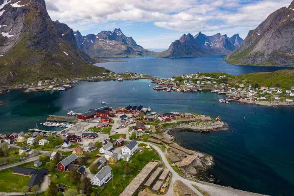 Venture Thrill_Best Hikes in Norway Reinebringen