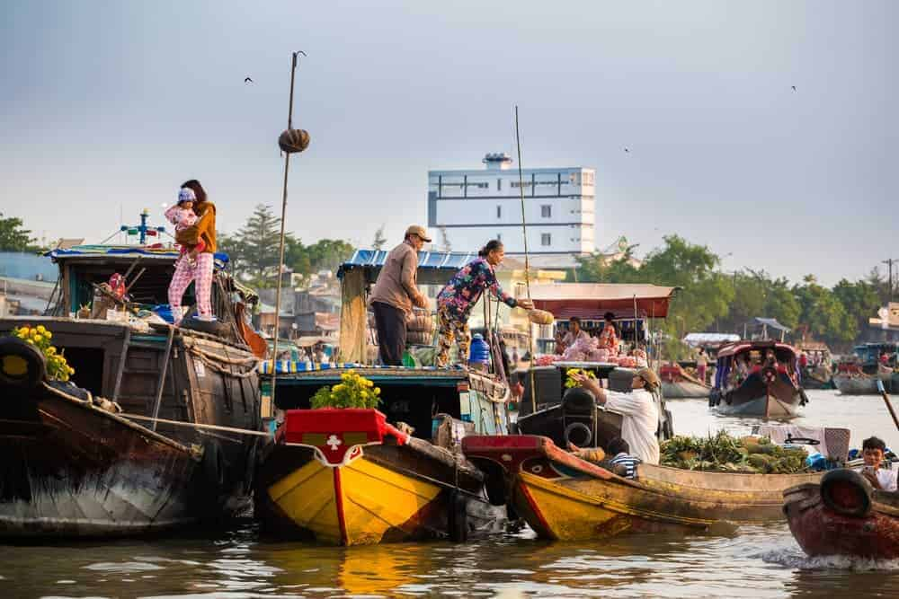 Venture Thrill_Floating Markets in Asia Cai Rang Vietnam