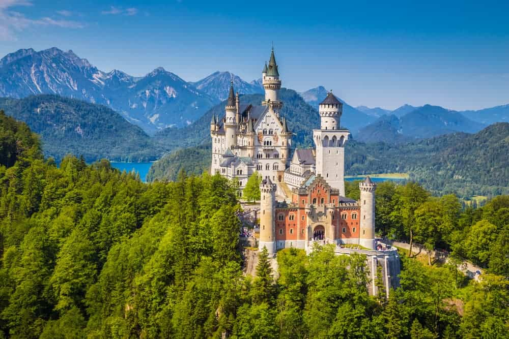Venture Thrill_Hiking in Germany Neuschwanstein Castle