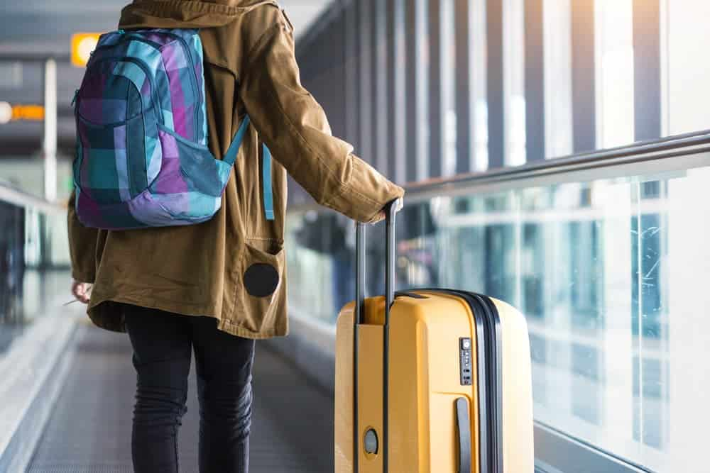 Venture Thrill_Travelling Backpack vs Wheeled Suitcase