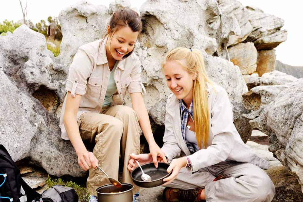 Venture Thrill_Tips for Packing Food for Camping